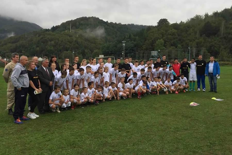 Poceo Prvi internacionalni kamp Fudbal za sve